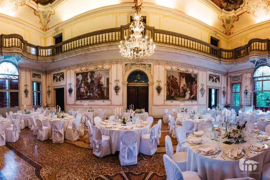 La sala interna di Ca' Marcello allestita durante un Matrimonio
