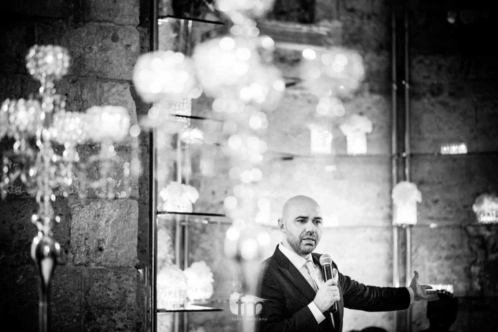 Sposa durante il discorso alle lampare al fortino
